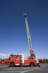 消防車 はしご車