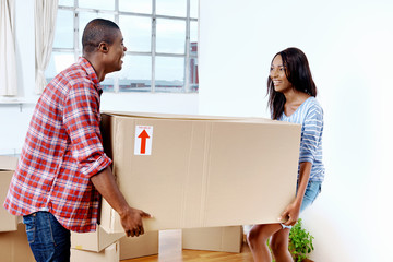 moving boxes couple
