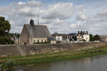 Notre-Dame-du-Bout-des-Ponts ou Notre-Dame-de-Grâce à Amboise.