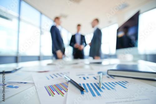 Leinwanddruck Bild Financial reports