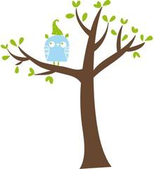 gufo celeste sull'albero