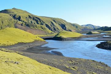 Пейзажи Исландии, горы и реки