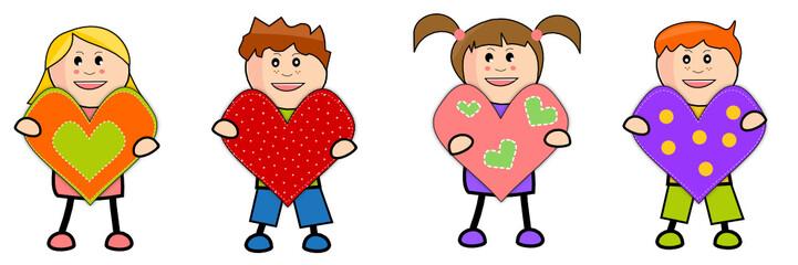 Brochette d'enfants offrant des coeurs