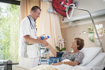 Measuring a patients bloodpressure