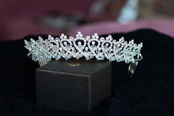 Luxury crown, diadem