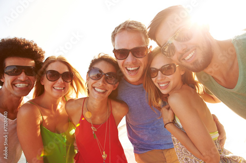 canvas print picture Group Of Young Friends On Summer Holiday Together