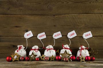 Weihnachtskarte mit Glückwünschen für Liebe, Ziele, Glück ...