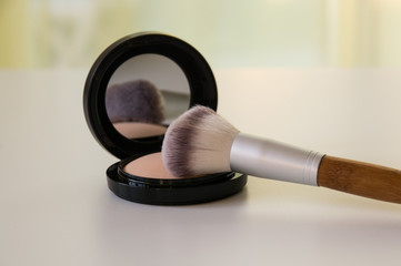Make up Puder-Gesichtspflege