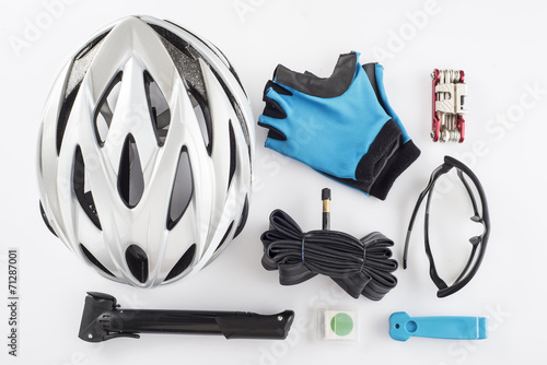 Fotobehang Wielersport Protección y repuestos y herramientas para ciclismo de seguridad