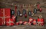 Weihnachtsgeschenke in Rot: Weihnachtliche Grußkarte