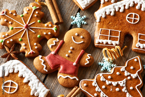 Christmas homemade gingerbread cookies - 71316266