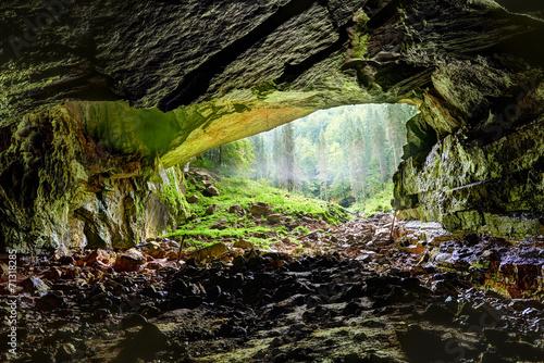 Coiba Mare cave in Romania, entrance - 71318285