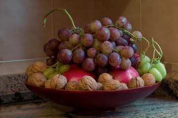 Noci e uva
