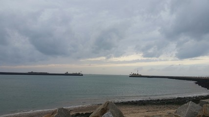 Avant port LH 1