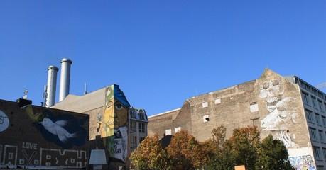 Graffitikunst an Berliner Brandmauern
