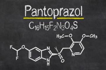Schiefertafel mit der chemischen Formel von Pantoprazol