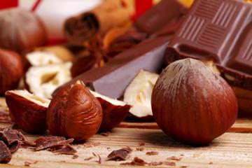 Nocciole e cioccolato