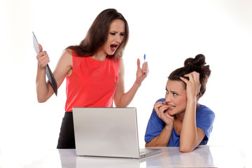 boss to shout her frightened employee