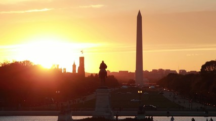 Washington D.C. national mall and monument evening