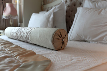 Details roller on the double bed