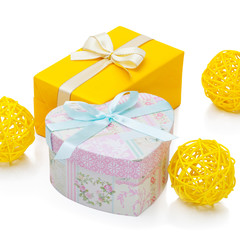 Gift box with ribbon - 1 to 1 ratio