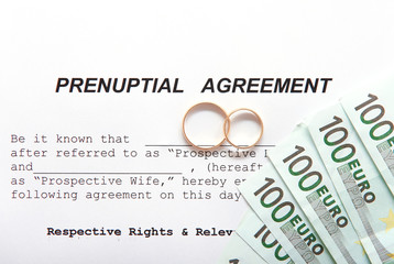 Prenuptial agreement with rings and euro notes