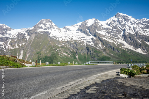 canvas print picture High Alpine Road