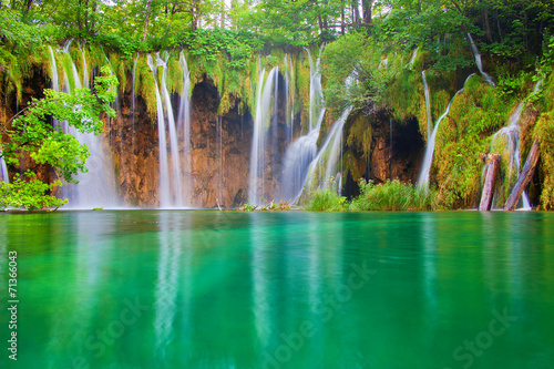 Leinwanddruck Bild Beautiful waterfalls at Plitvice Lakes National Park
