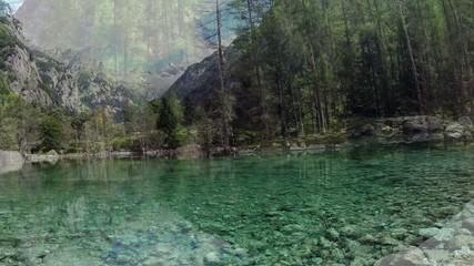 Val di Mello - Valmasino (IT) - sorvolo laghetto