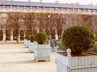 Retro look Palais Royal Paris