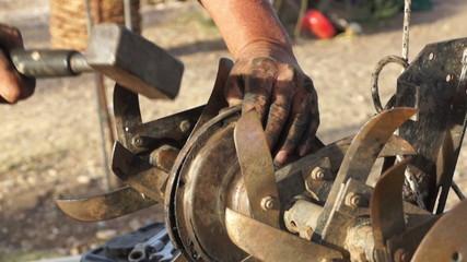 Repairing Plow Machine (4)