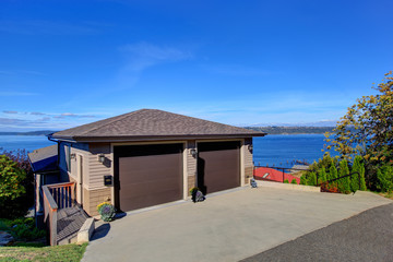 Real estate in Tacoma with beautiful Puget Sound view