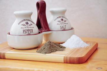 Соль и душистый перец