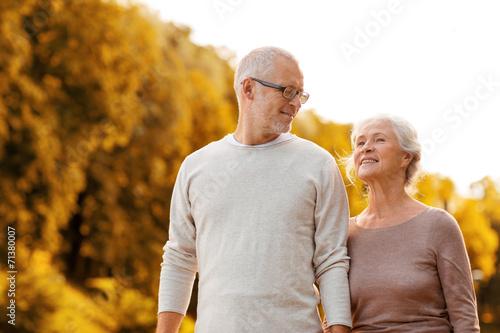 canvas print picture senior couple in park