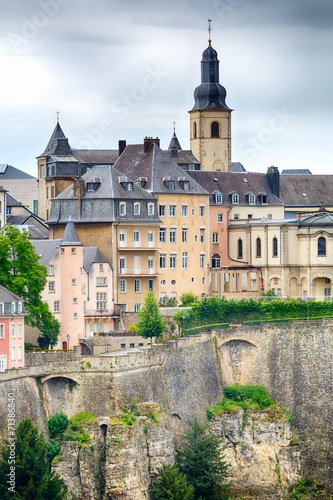 Papiers peints Europe Centrale Buildings on a Hill in Luxembourg City