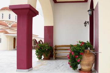 Греческий православный монастырь. Крит. Спили
