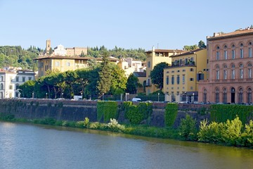 Florence river bank view