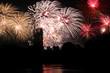 Feuerwerk überm Fluss