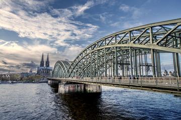 Kölner_Brücke