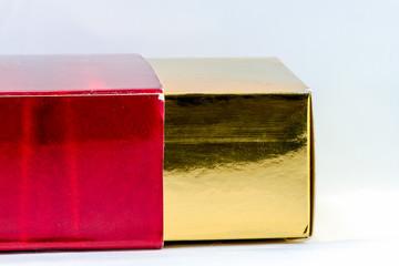 Shiny gold paper box