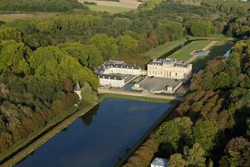 Château du Marais, Le Val-Saint-Germain vue du ciel