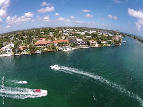 Spoed canvasdoek 2cm dik Luchtfoto Waterways in Boca Raton, Florida aerial view