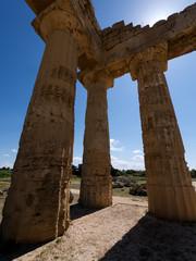 Säulen in Tempel