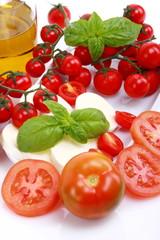 Pomodori,mozzarella e olio