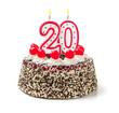 Geburtstagstorte mit brennender Kerze Nummer 20 - 71433017