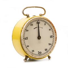 cronometro vintage in fondo bianco