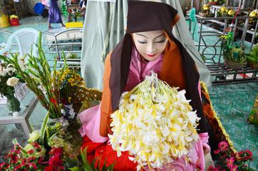 Ahmagyi Mya Nan Nwe, a devotee to the Botahtaung Pagoda