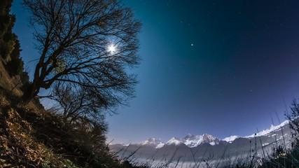 time lapse paesaggio notturno