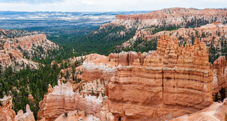 Peaks of the Bryce Canyon