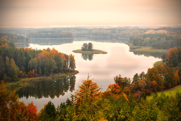 Jedzelwo Lake in autumn. Masuria, Stare Juchy. © ysuel